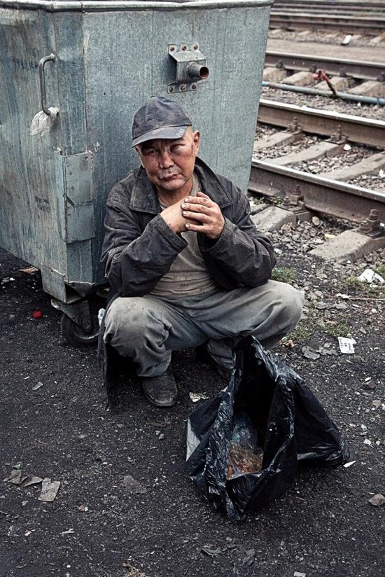 Almaty city, Kazakhstan homeless persons photo 16