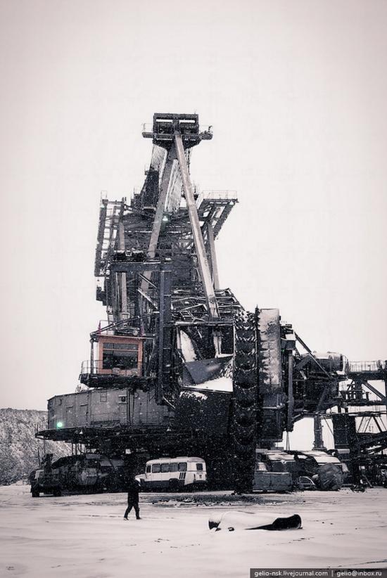 Ekibastuz coal mine, Kazakhstan view 5