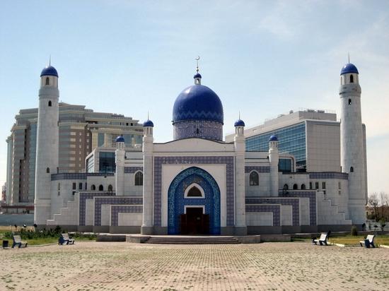 Kazakhstan mosque - Atyrau