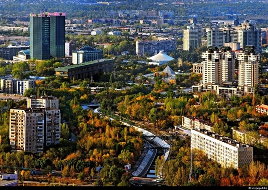 Almaty bird's eye view 12