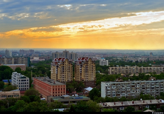 Almaty bird's eye view 14