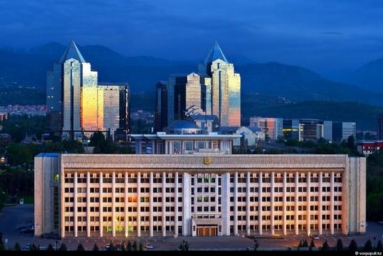 Almaty bird's eye view 16