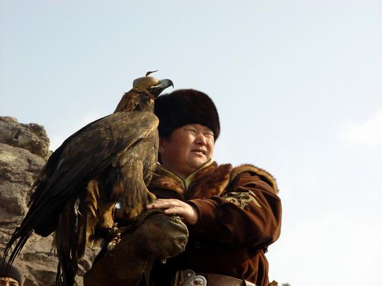 Kazakhstan - The hunt with tame hawks and falcons view 15