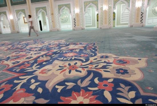 Hazrat Sultan Mosque, Astana, Kazakhstan photo 13