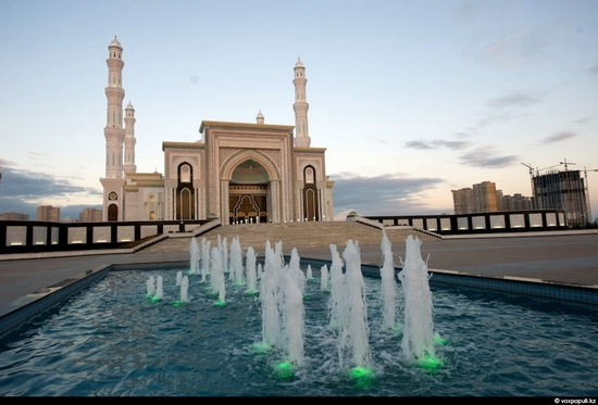 Hazrat Sultan Mosque, Astana, Kazakhstan photo 4