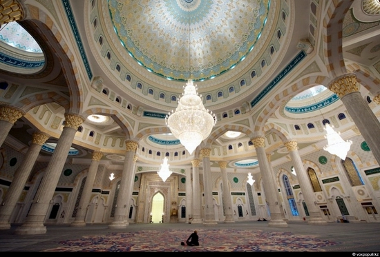 Hazrat Sultan Mosque, Astana, Kazakhstan photo 9