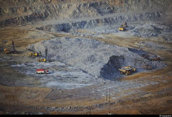 Gold mining in Kazakhstan photo 2