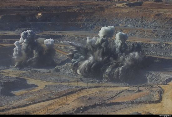 Gold mining in Kazakhstan photo 7