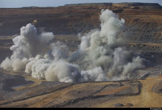 Gold mining in Kazakhstan photo 8