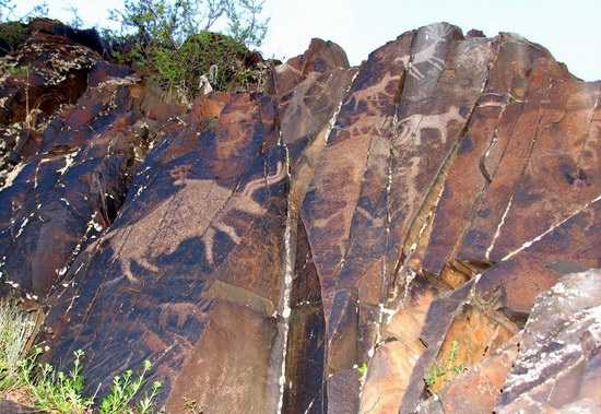 Tamgaly Gorge ancient rock carvings, Kazakhstan photo 1