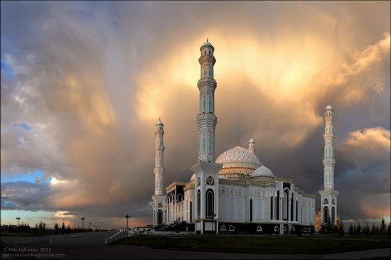 Hazrat Sultan mosque, Astana, Kazakhstan photo 12