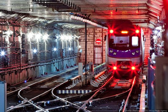 Beautiful Interiors of Almaty Subway, Kazakhstan photo 21