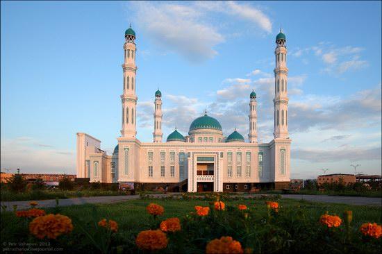 Karaganda mosque, Kazakhstan photo 2