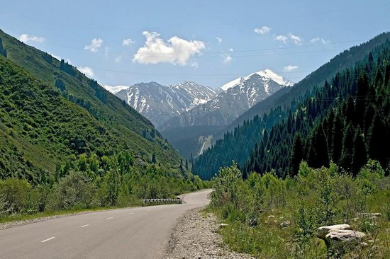 The Big Almaty Lake and surroundings, Kazakhstan, photo 1