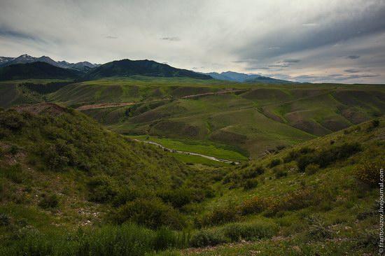Walking along the mountain passes of Kazakhstan, photo 12