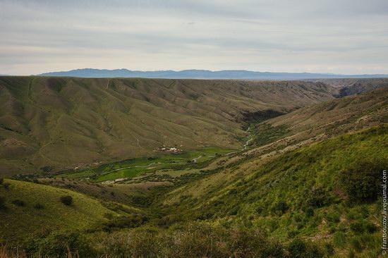 Walking along the mountain passes of Kazakhstan, photo 18