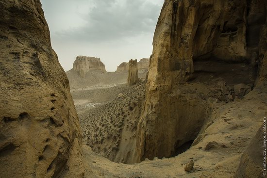 Alien landscapes around Mount Shergala, Kazakhstan, photo 8
