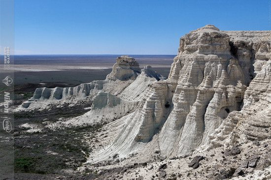 Aktolagay limestone plateau, Kazakhstan, photo 6