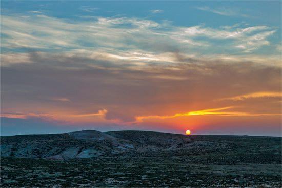 Flaming sand of Lake Zaysan, Kazakhstan, photo 18