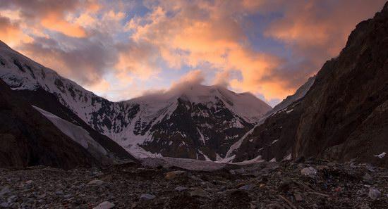 Khan Tengri peak, Kazakhstan, photo 4