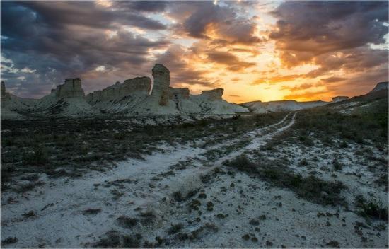 Akkergeshen limestone plateau, Atyrau region, Kazakhstan, photo 7