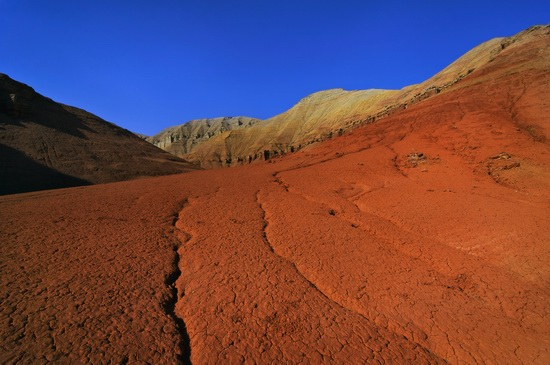 Clay mountains, Altyn Emel park, Kazakhstan, photo 1