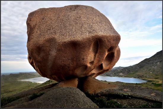 Giant rocks, Lake Okunki, East Kazakhstan, photo 2