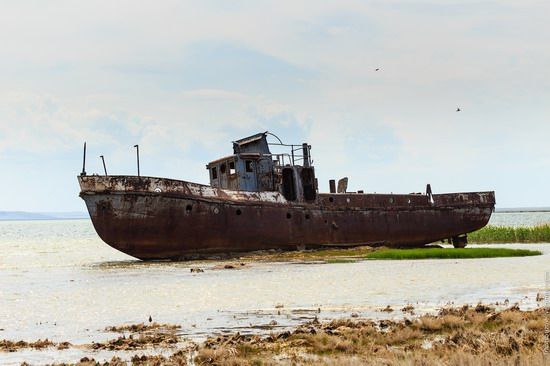Ship graveyard, the Aral Sea, Kazakhstan, photo 10