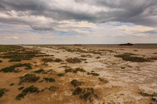 Ship graveyard, the Aral Sea, Kazakhstan, photo 13