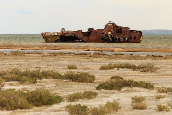 Ship graveyard, the Aral Sea, Kazakhstan, photo 14