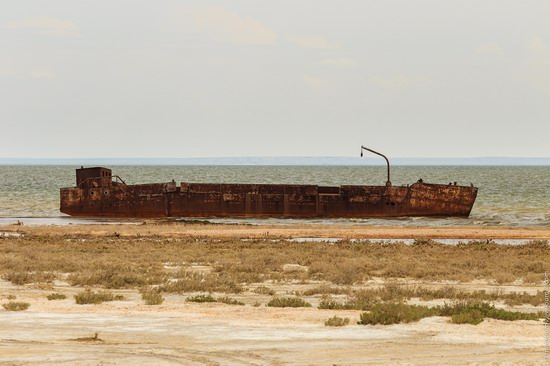 Ship graveyard, the Aral Sea, Kazakhstan, photo 16