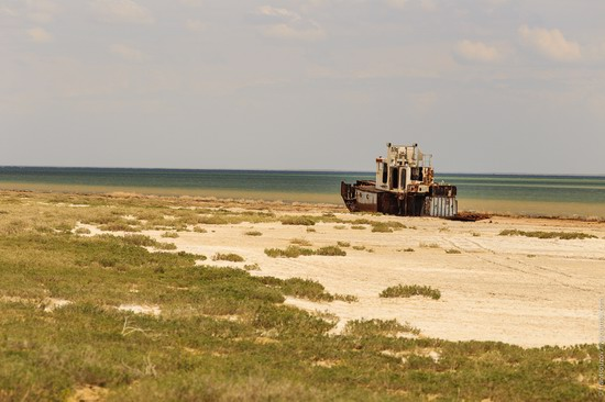 Ship graveyard, the Aral Sea, Kazakhstan, photo 18