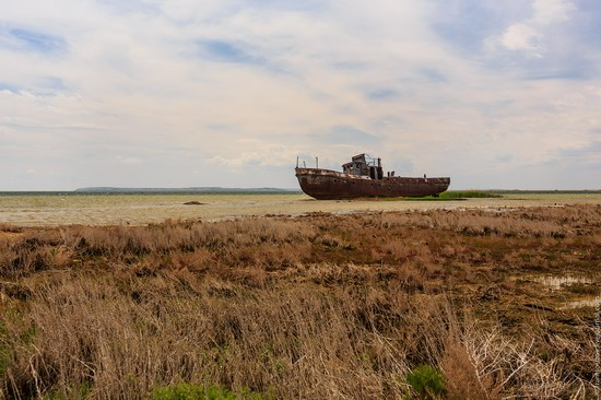 Ship graveyard, the Aral Sea, Kazakhstan, photo 9