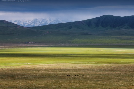 Lake Tuzkol landscapes, Kazakhstan, photo 3