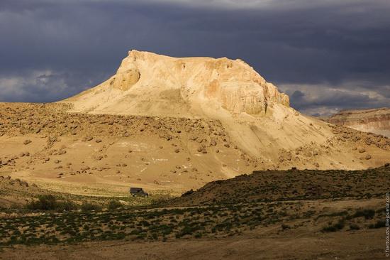 One day on Boszhira Tract, Kazakhstan, photo 24