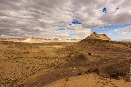 One day on Boszhira Tract, Kazakhstan, photo 8