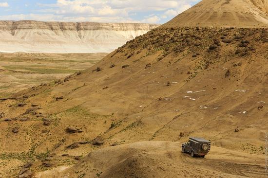 One day on Boszhira Tract, Kazakhstan, photo 9