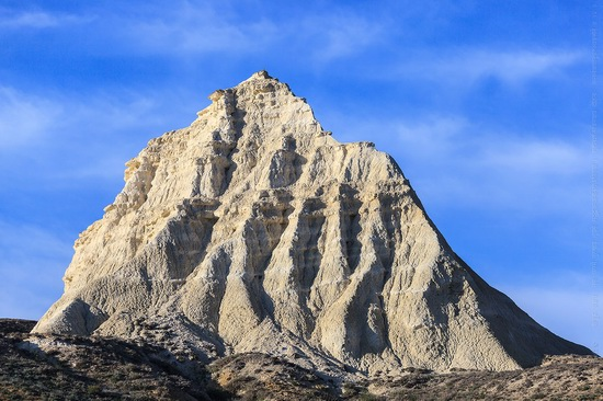 White cliffs of Aktolagay mountain ridge, Kazakhstan, photo 5