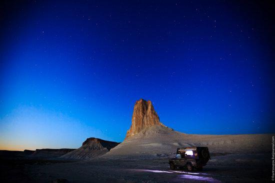 Sunset and night at Boszhira tract, Kazakhstan, photo 18