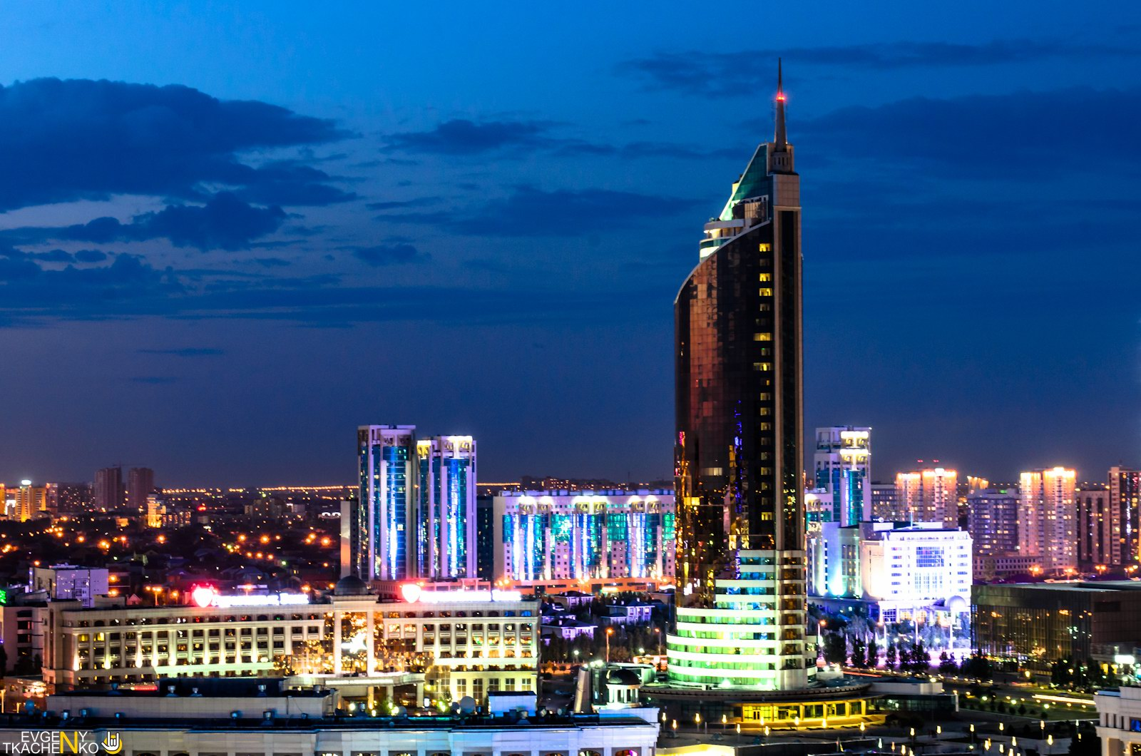 Astana at night - the views from the roofs · Kazakhstan ...