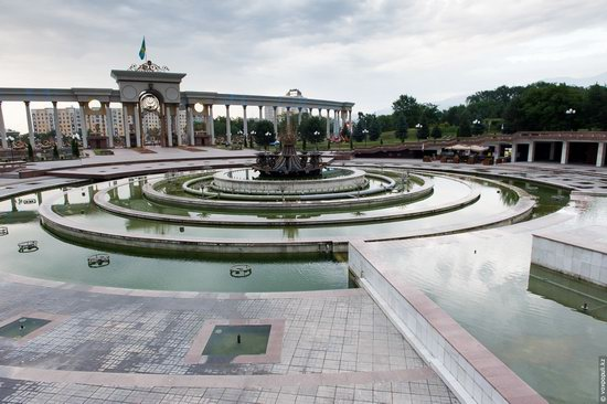 Park of the First President of Kazakhstan, Almaty, photo 3