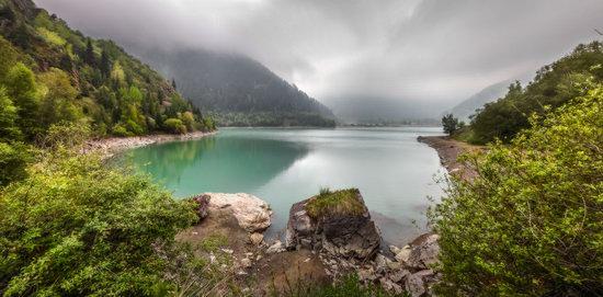 Lake Issyk, Kazakhstan, photo 6