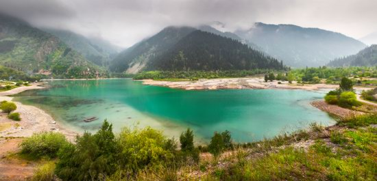 Lake Issyk, Kazakhstan, photo 9