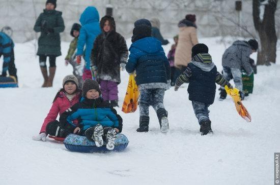 Almaty after heavy snowfall, Kazakhstan, photo 15