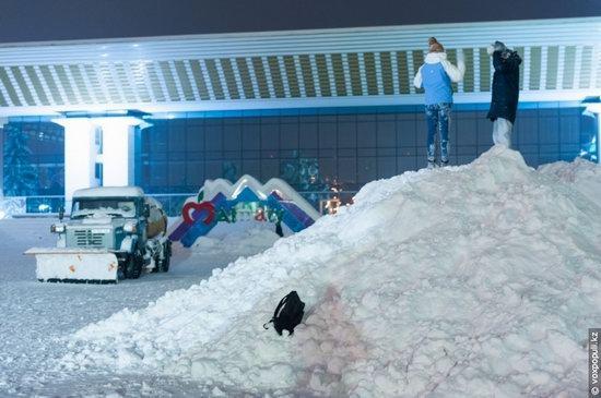 Almaty after heavy snowfall, Kazakhstan, photo 19