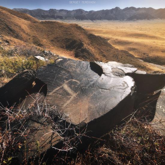 Ancient Petroglyphs of Bayan-Zhurek, Almaty region, Kazakhstan, photo 3