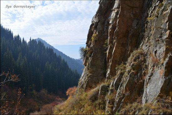 Hiking in Butakovskoe Gorge, Almaty, Kazakhstan, photo 11