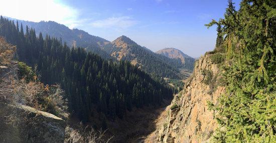 Hiking in Butakovskoe Gorge, Almaty, Kazakhstan, photo 21