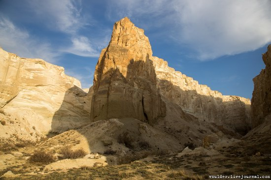 Picturesque Cliffs of Boszhira, Mangystau Region, Kazakhstan, photo 11