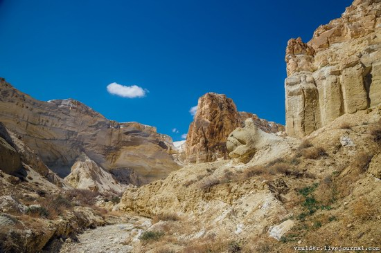 Picturesque Cliffs of Boszhira, Mangystau Region, Kazakhstan, photo 22